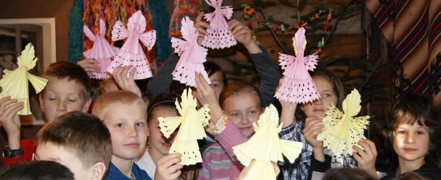 Tradycyjne ozdoby bożonarodzeniowe - warsztaty